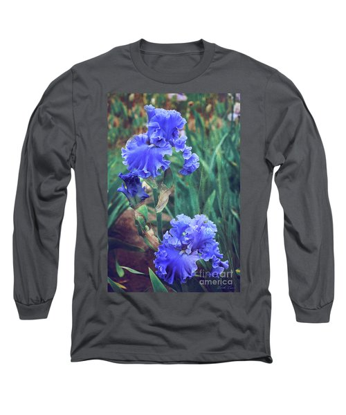 Long Sleeve T-Shirt featuring the photograph Close To Heaven by Linda Lees