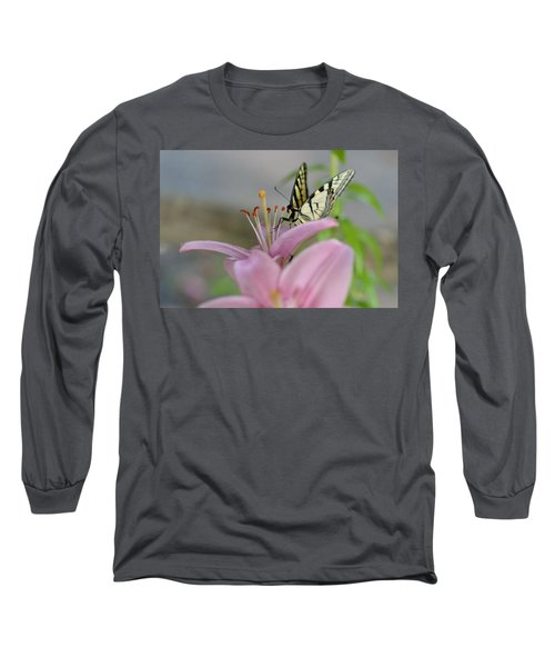 Coming In Long Sleeve T-Shirt by Janet Rockburn