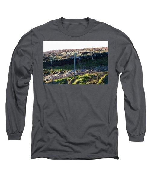 Curbar Edge Which Way To Go Long Sleeve T-Shirt