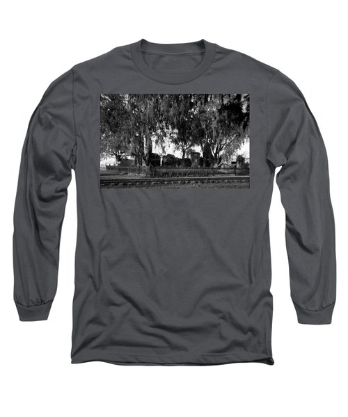 De La Ronde Plantation Home Ruins Long Sleeve T-Shirt