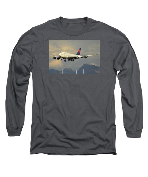Delta Boeing 747-451 N668us Phoenix Sky Harbor January 8 2015 Long Sleeve T-Shirt by Brian Lockett