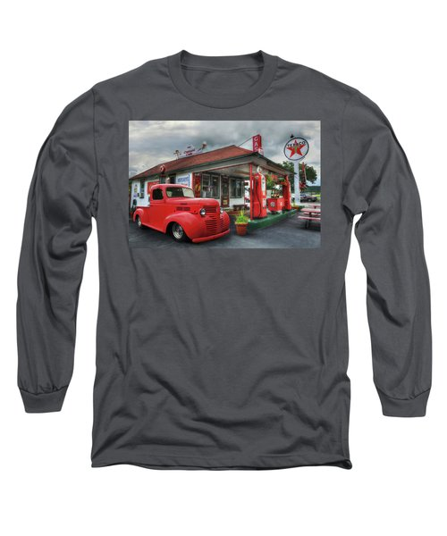 Long Sleeve T-Shirt featuring the photograph Dodge At Cruisers by Lori Deiter