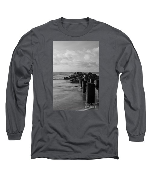 Dreamy Jettie Grayscale Long Sleeve T-Shirt