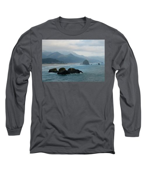 Ecola State Park View Of Haystack Rock And 3 Arch Rocks Long Sleeve T-Shirt
