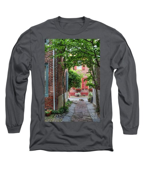 Calico Alley  Long Sleeve T-Shirt
