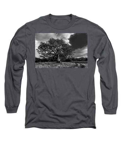 Engellman Oak Palomar Black And White Long Sleeve T-Shirt
