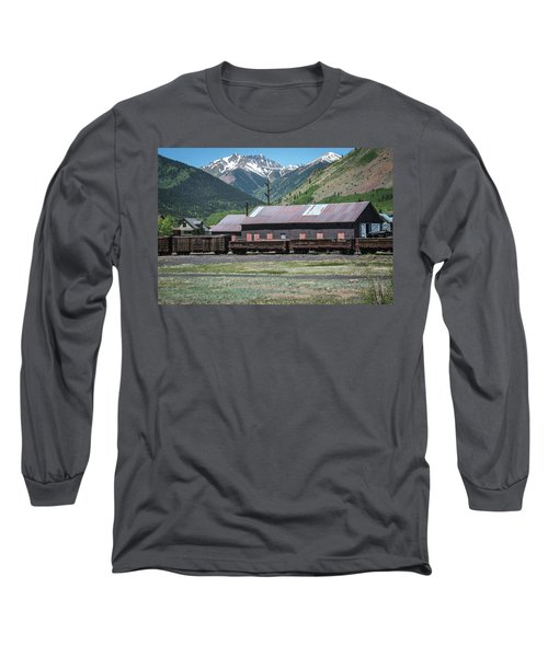 Long Sleeve T-Shirt featuring the photograph Entering Silverton by Colleen Coccia