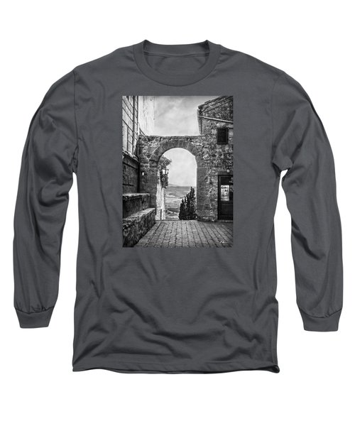 Etruscan Arch B/w Long Sleeve T-Shirt