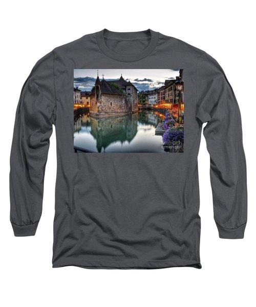 European Beauty 2 Long Sleeve T-Shirt