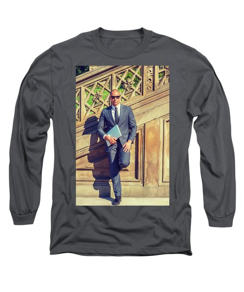 European Professional Travels, Works In New York Long Sleeve T-Shirt