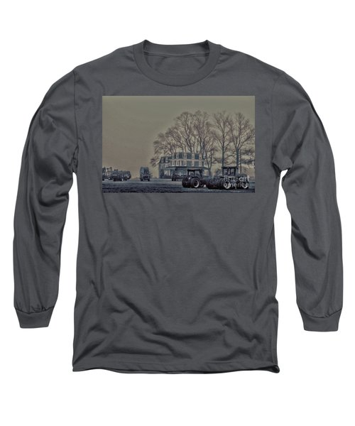 Farmhouse In Morning Fog Long Sleeve T-Shirt by Sandy Moulder