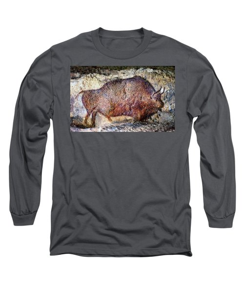 Font De Gaume Bison Long Sleeve T-Shirt