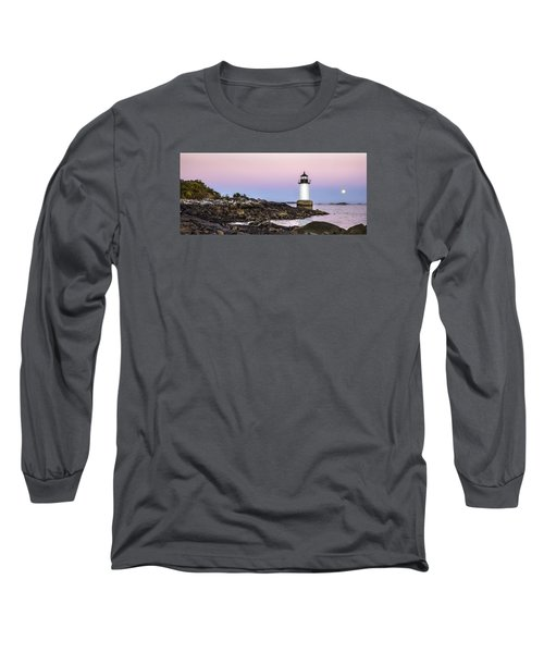 Long Sleeve T-Shirt featuring the photograph Fort Pickering Lighthouse, Harvest Supermoon, Salem, Ma by Betty Denise