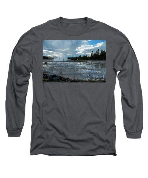 Fountain Paint Pot Area Long Sleeve T-Shirt
