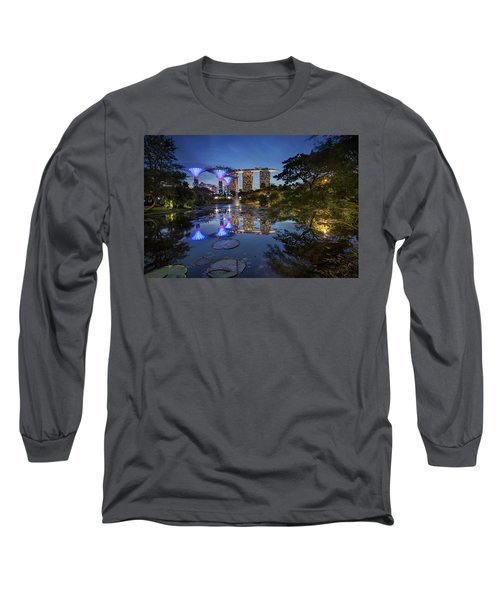 Garden By The Bay, Singapore Long Sleeve T-Shirt