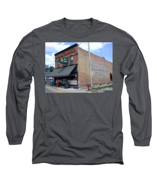 Long Sleeve T-Shirt featuring the photograph Gina's Pies Are Square by Mark Czerniec