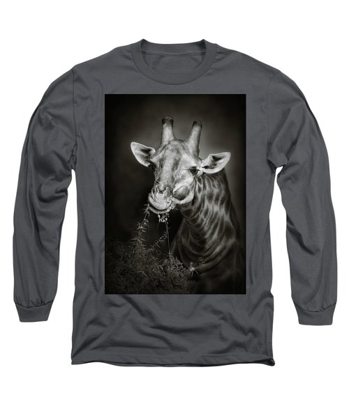 Giraffe Eating Long Sleeve T-Shirt