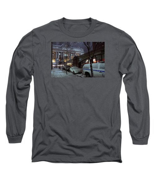 Grand Central Station Manhattan Ny View From E43rd St And Park Avenue At Late Night Snow Storm Long Sleeve T-Shirt
