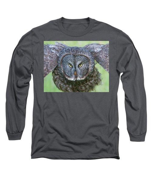 Great Gray Owl Flight Portrait Long Sleeve T-Shirt