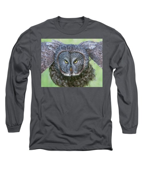 Great Gray Owl Flight Portrait Long Sleeve T-Shirt