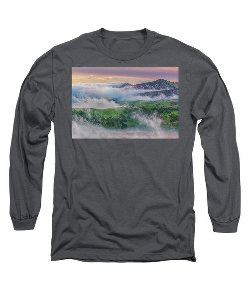 Green Hills And Fog At Sunrise Long Sleeve T-Shirt