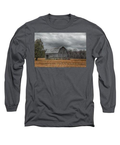 0024 - Grey Barn And Tree Long Sleeve T-Shirt