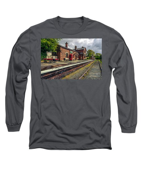 Hadlow Road Railway Station Long Sleeve T-Shirt