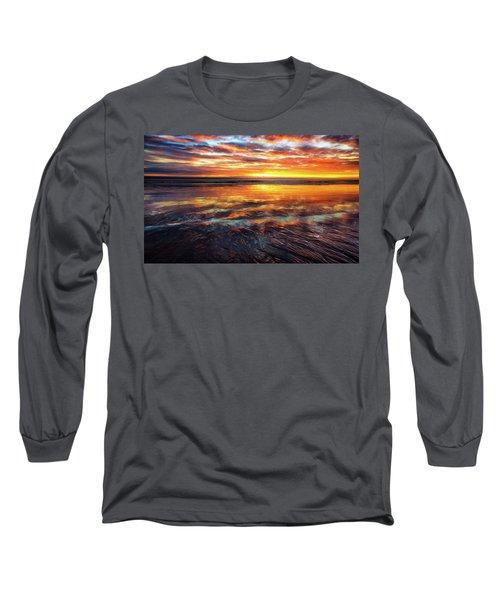 Long Sleeve T-Shirt featuring the photograph Hampton Beach by Robert Clifford