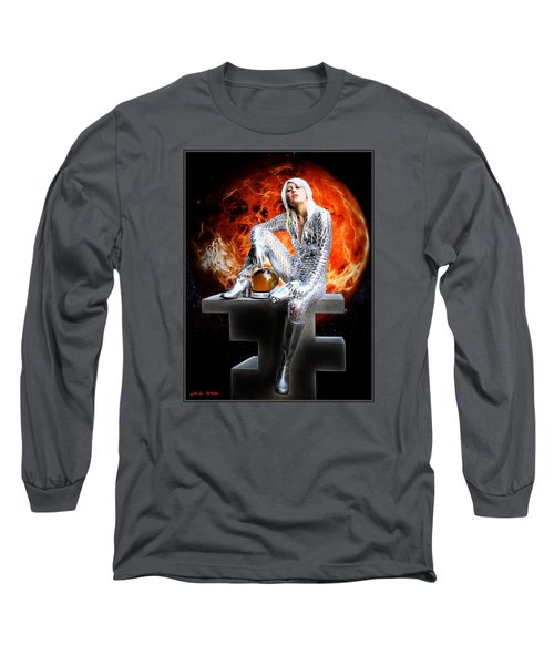 Heroine Of The Red Planet Long Sleeve T-Shirt