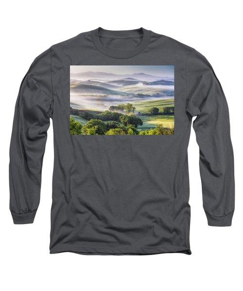 Hilly Tuscany Valley At Morning Long Sleeve T-Shirt