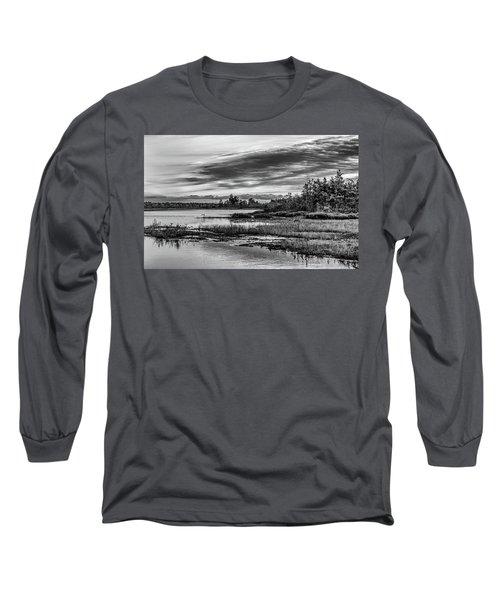 Historic Whitebog Landscape Black - White Long Sleeve T-Shirt