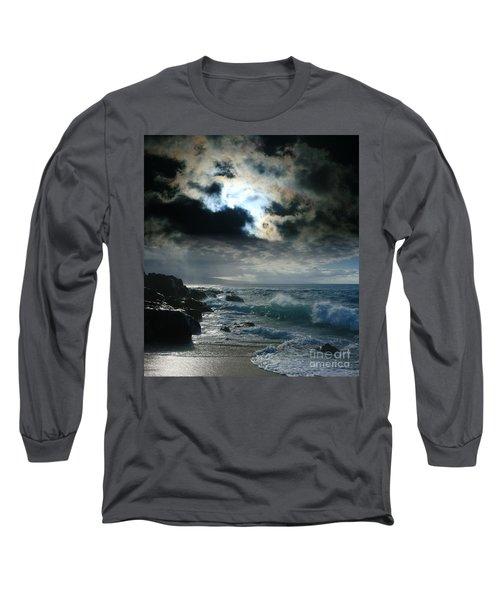 Hookipa Waiola  O Ka Lewa I Luna Ua Paaia He Lani Maui Hawaii  Long Sleeve T-Shirt