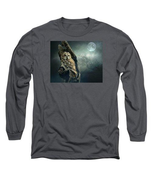 Hunter's Moon Long Sleeve T-Shirt by Brian Tarr