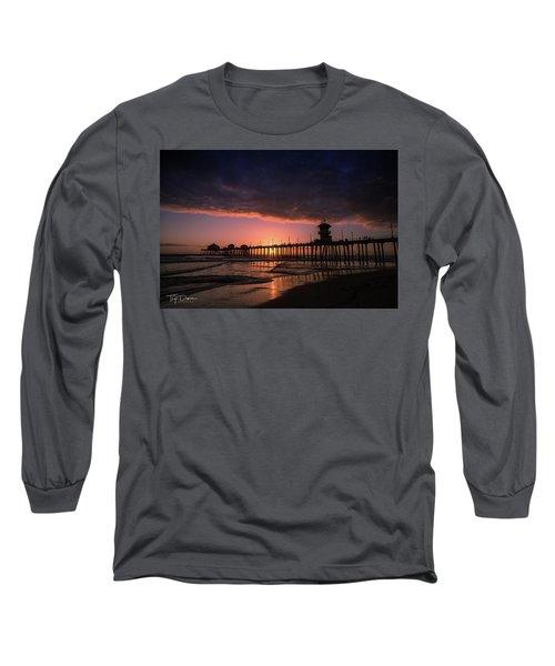 Huntington Pier At Sunset Long Sleeve T-Shirt