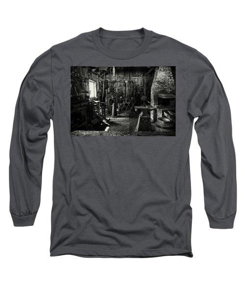 Idle Bw Long Sleeve T-Shirt