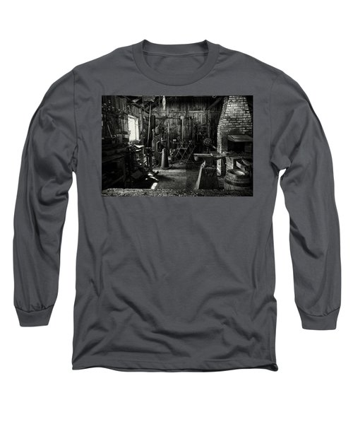 Idle Bw Long Sleeve T-Shirt