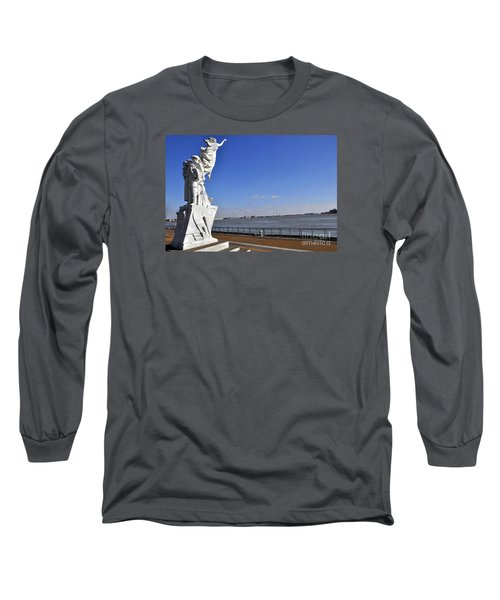 Immigrant Statue Long Sleeve T-Shirt