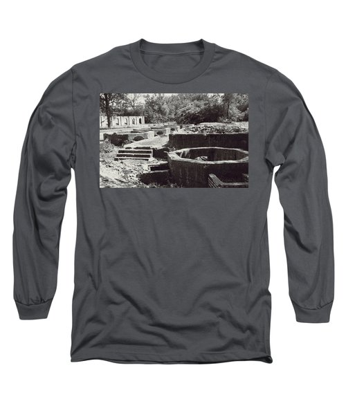 Into The Ruins 1 Long Sleeve T-Shirt