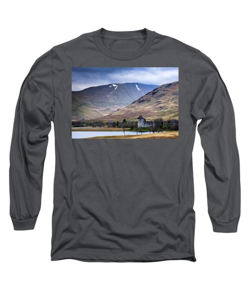 Kilchurn Castle On Loch Awe In Scotland Long Sleeve T-Shirt