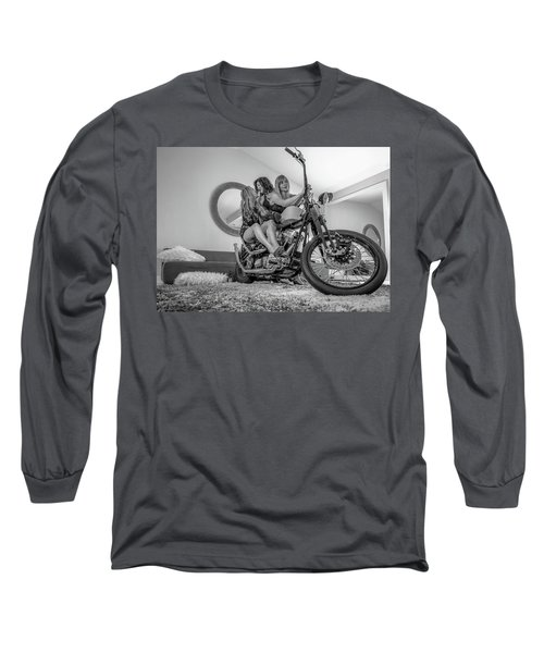 Kiss Me Now- Long Sleeve T-Shirt