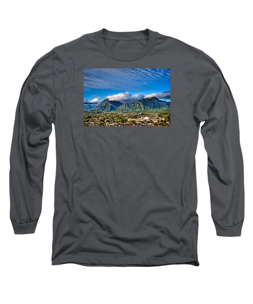 Long Sleeve T-Shirt featuring the photograph Koolau And Pali Lookout From Kanohe by Dan McManus