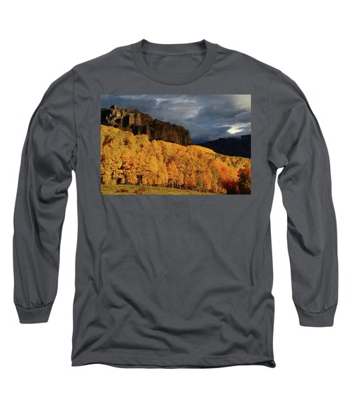 Late Afternoon Light On The Cliffs Near Silver Jack Reservoir In Autumn Long Sleeve T-Shirt