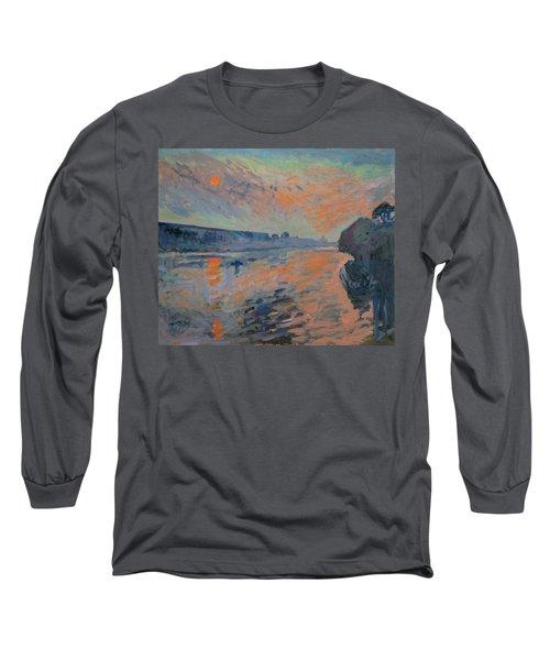 Le Coucher Du Soleil La Meuse Maastricht Long Sleeve T-Shirt