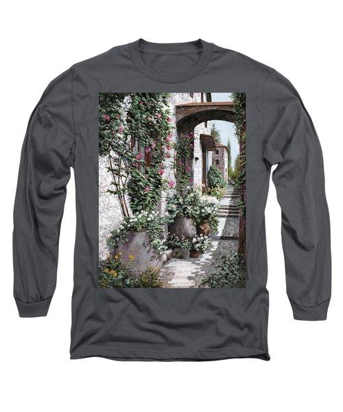 Le Rose Rampicanti Long Sleeve T-Shirt