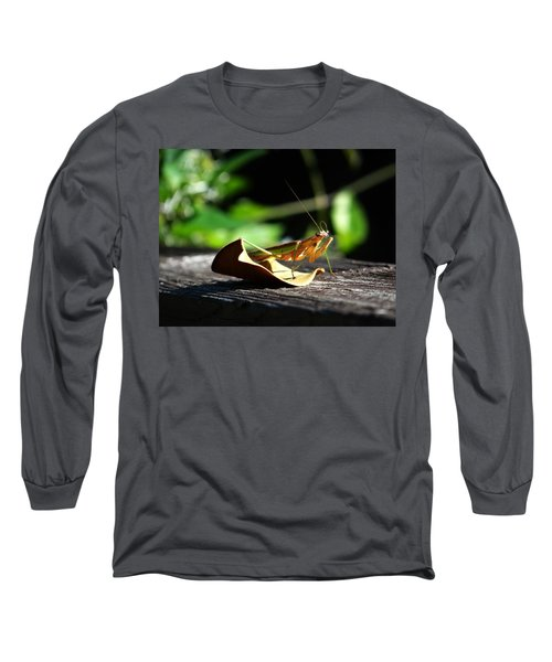 Leafy Praying Mantis Long Sleeve T-Shirt