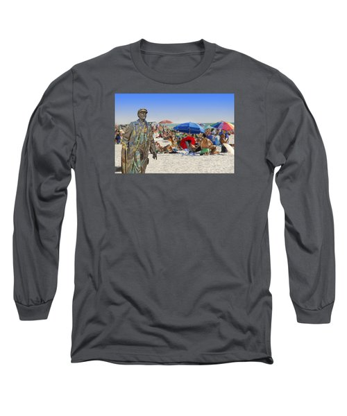 Lenin Goes To The Beach  Long Sleeve T-Shirt