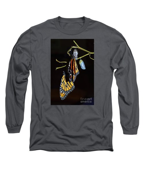 Long Sleeve T-Shirt featuring the photograph Let's Hang Out Together by Lew Davis