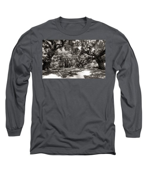 Live Oak Allee Infrared Long Sleeve T-Shirt