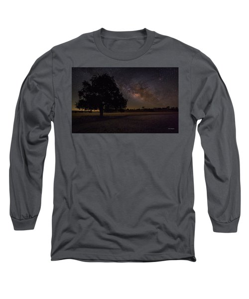 Lone Oak Under The Milky Way Long Sleeve T-Shirt