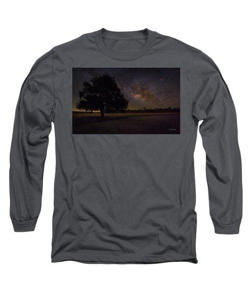 Lone Oak Under The Milky Way Long Sleeve T-Shirt